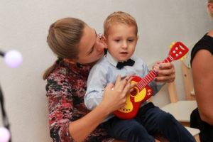 Концерты живой музыки для мам, пап и малышей